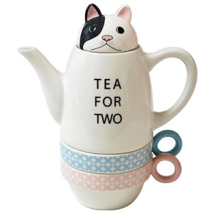 Tea-for-two teacup and mugs